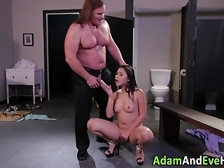 Asian Babe Gets Nailed By Hung Daddy